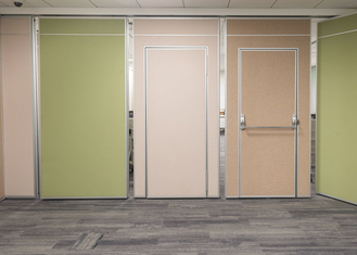 China Insulation Acoustic Movable Divider Walls , Movable Office Walls Easy Installation supplier