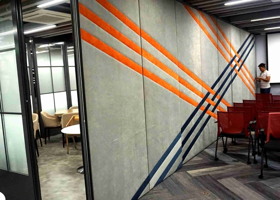 China Manual Sliding Wall Dividers , Light Weight Sliding Room Partitions Single Open factory